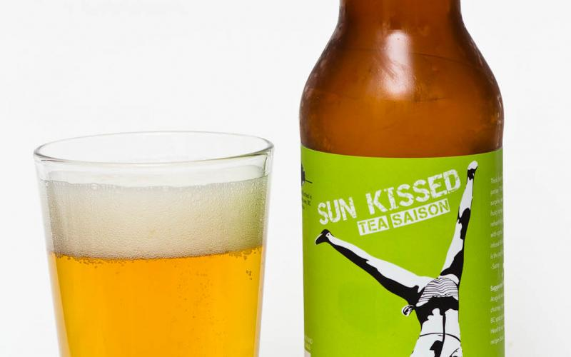 Deep Cove Brewers & Distillers – Sun Kissed Tea Saison