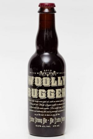 Howe Sound Wooly Bugger Barley Wine 2013 Beer Review
