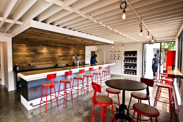 Steel & Oak Brewery Tasting Room