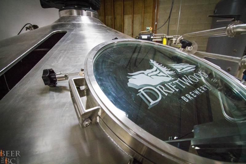 Driftwood Window To Beer
