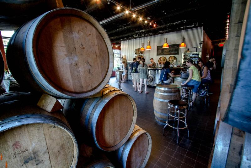 Burnaby Tours - Deep Cove Brewers & Distillers