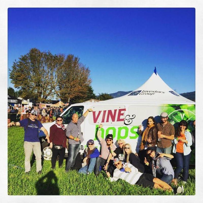 Vine & Hops Tour Group with Van
