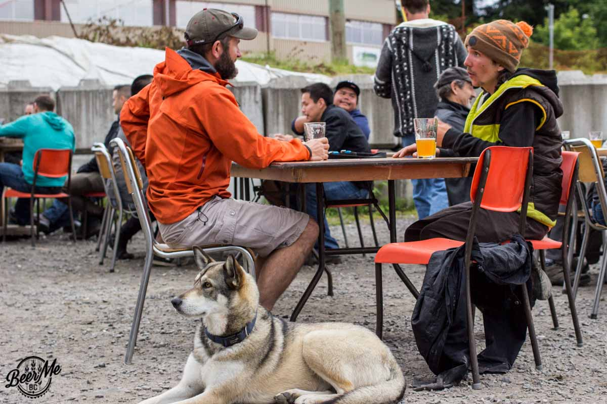 Wheelhouse Brewing Beer Garden with Dog