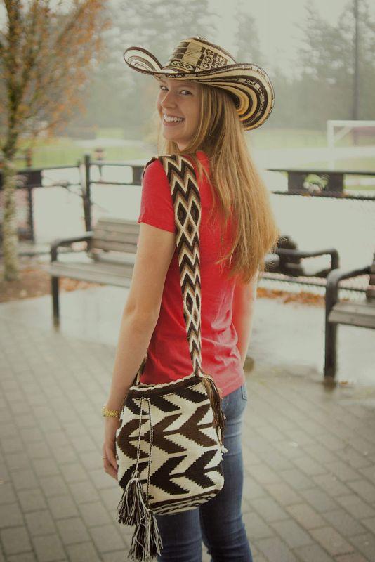 Andina_Merch_Hat_Mochila copy