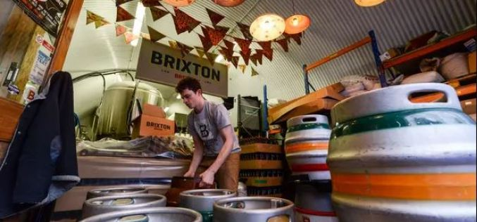 British craft beer boom stalls as big drinks companies muscle in